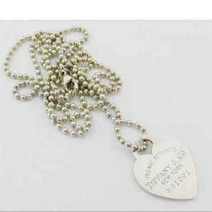 Tiffany&Co long heart necklace